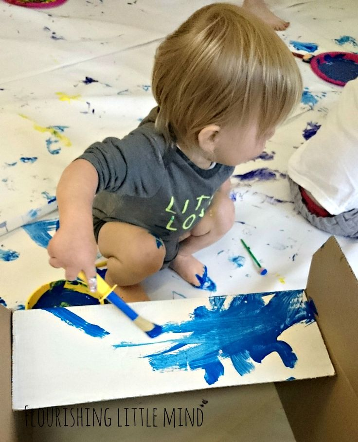 Fun local messy play in central Scotland. Paint, Gloop, Pasta, Mess!!