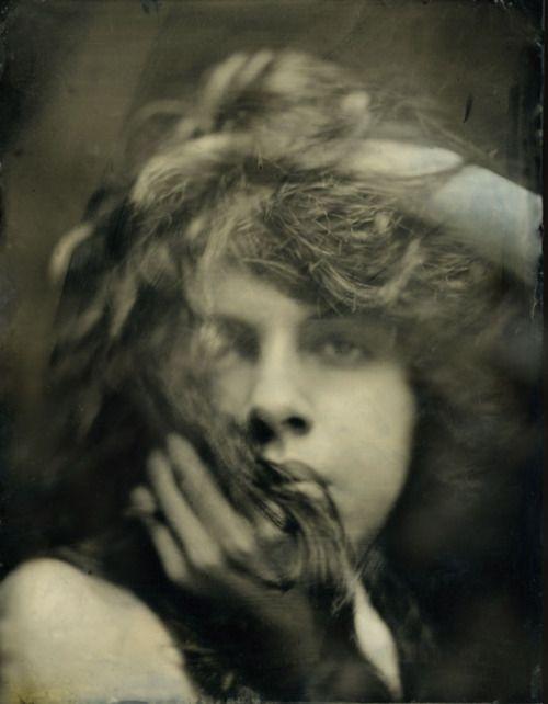 Evelyn Nesbit, circa 1900.