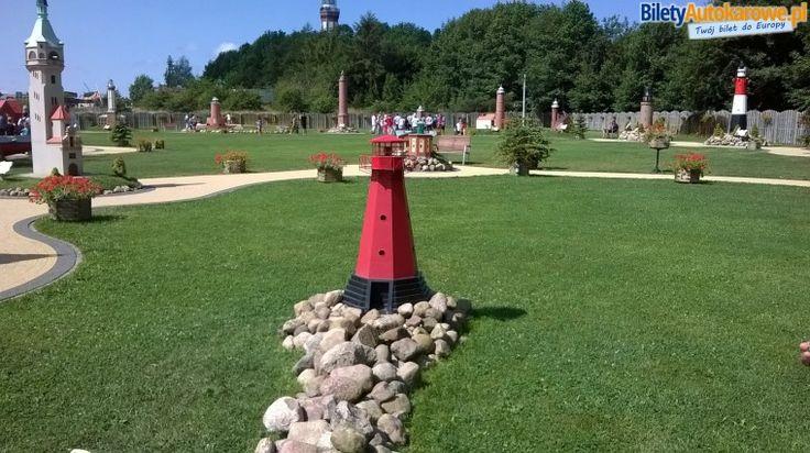 Park Miniatur Latarni Morskich - #Niechorze. Bilety nad polskie morze: www.biletyautokarowe.pl