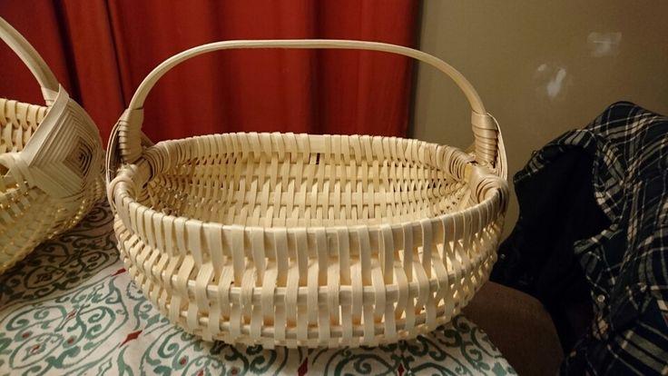 Oblong basket side view