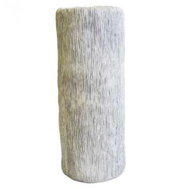 Váza v přírodních světlých barvách. Vyrytý vzor. V interiéru můžete efektivně kombinovat s dalšími polyresin výrobky stejného provedení. Výška: 41 cm