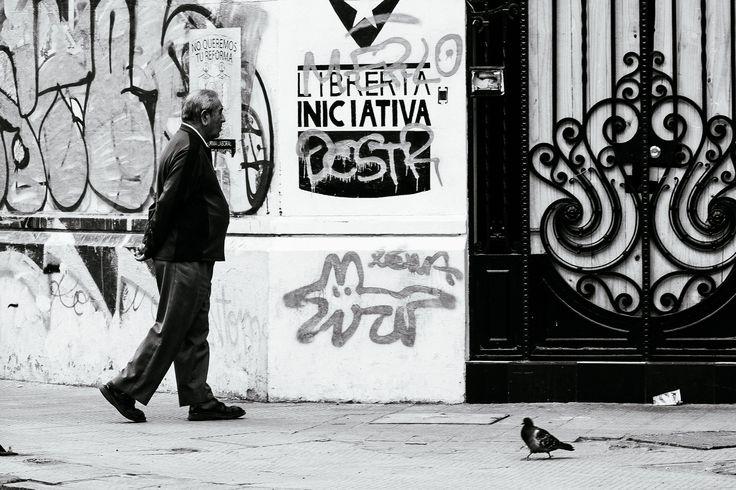 https://flic.kr/p/rjsR5Y | Caminando un Domingo | Barrio Yungay