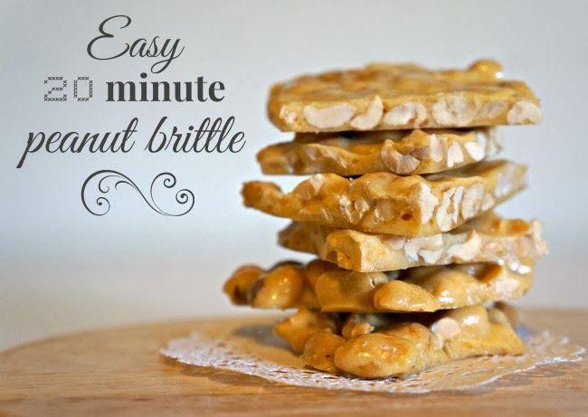 Easy Peanut Brittle recipe -- livingmividaloca.com