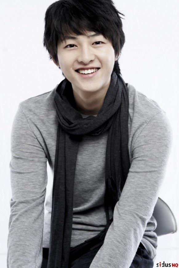 Most Liked Korean Actor - Song Joong Ki i loooove my asians;)