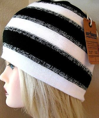 NWT One Size Hat Urban Pipeline Black & White  Beanie Stocking Hat for Men/Women