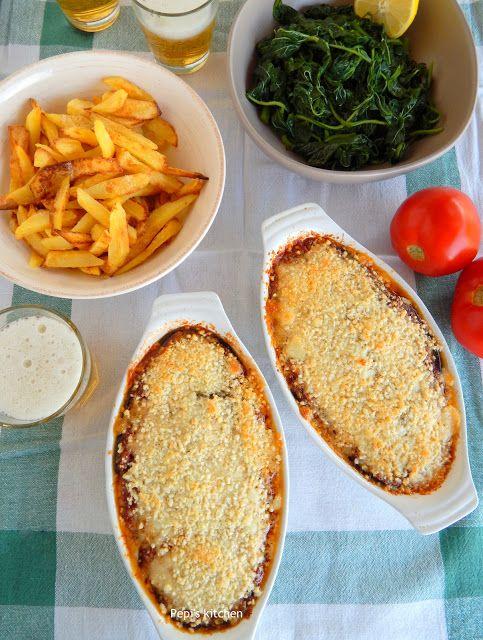 Pepi's kitchen: Μελιτζάνες με Τυριά και Σάλτσα Ντομάτας