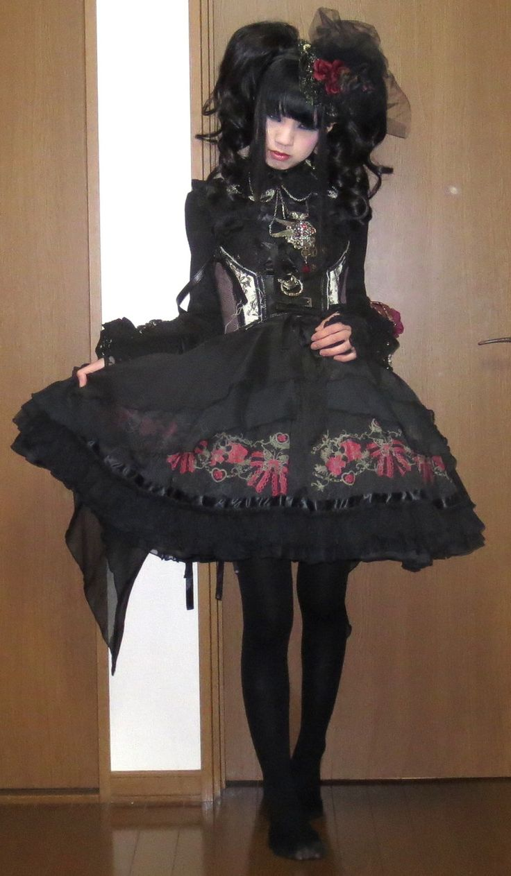 alumi-plant in Pleated JSK from FRILL