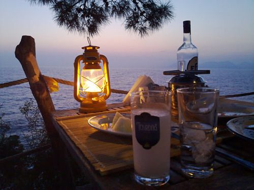romantic dinner by the sea