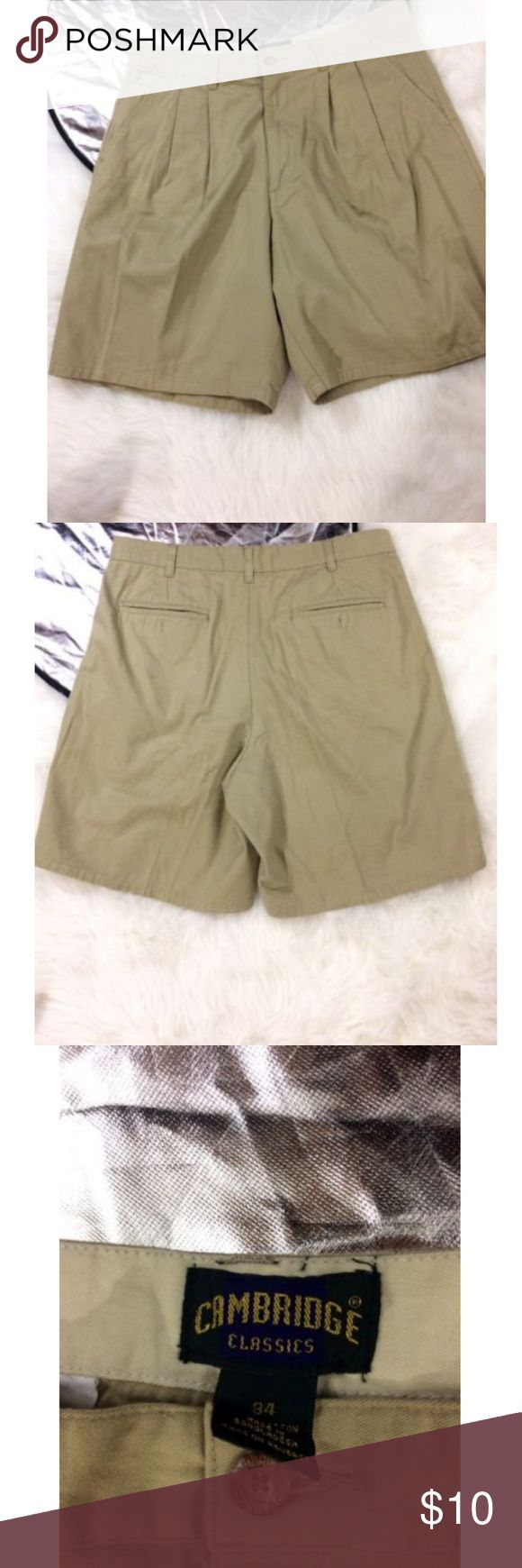 Cambridge mens Khaki Shorts 4 pockets Adult Siz 34 Cambridge mens Khaki Shorts 4 pockets Pre-Owned   Adult Size 34  Please see pictures for full details  Ships fast and safe comes with tracking number cambrige Shorts