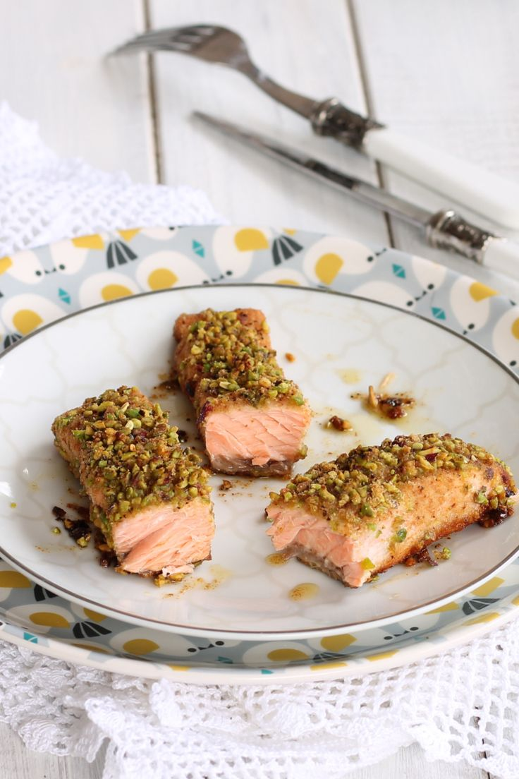 Photo of SALMON FILLETS WITH PISTACHIOS second baked fish recipe