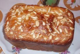 Jak upéct mazanec v domácí pekárně | recept