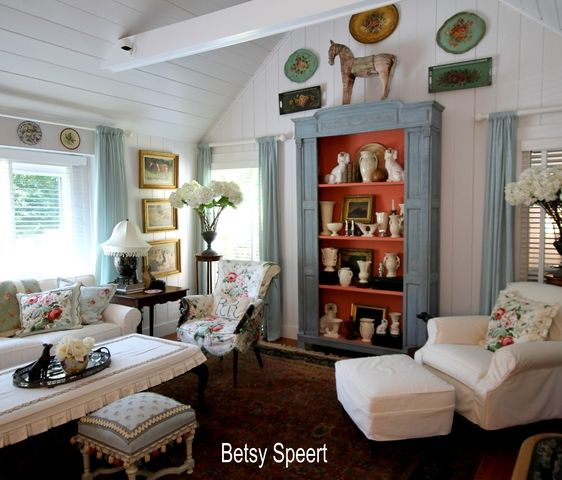 Country Cottage Living Room... Can you imagine this was ... an ugly condo?      This plus more, at this week's DIY Home Decor & Craft LINK PARTY
