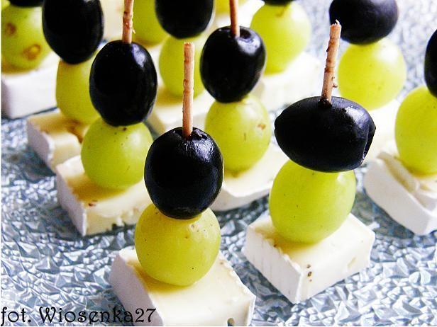 koreczki z serem camembert