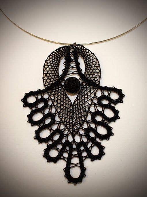 bobbin lace necklace
