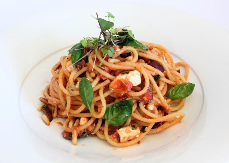 Tomato, Feta and Olive Pasta
