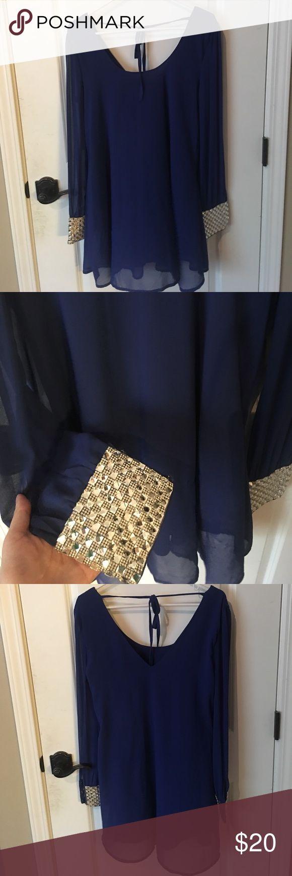 Windsor long sleeve dress Worn once, navy blue long sleeve with rhinestone cuffs, size Medium WINDSOR Dresses Mini