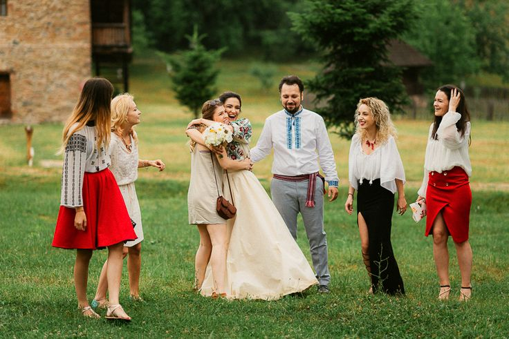 Iulia-Andrei-traditional romanian wedding_land of white deer (33)