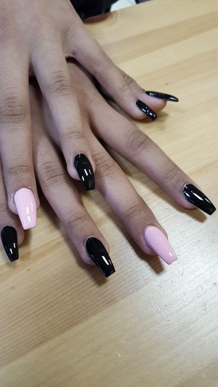 Coffin Shape Pink Black Nails Coffinnail Coffinshape Pinkandblack Acrylicnails Bestshape Pink Black Nails Nails Edgy Nails