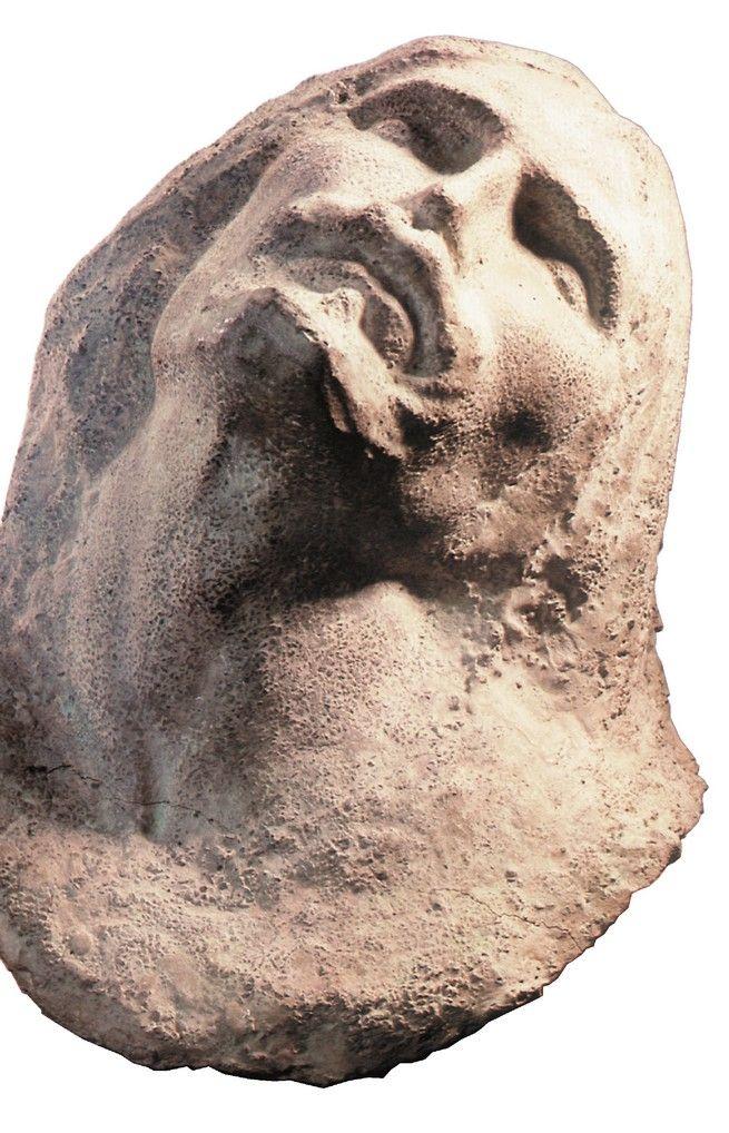http://erzia-museum.ru/wp-content/uploads/2015/02/12-21.jpg Голова Христа. 1915 г. Железобетон.