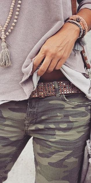 reminder to try my camo skinnies with my similar belt, gray tee, and tassel necklace.