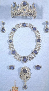 Marie Antoinettes Jewels