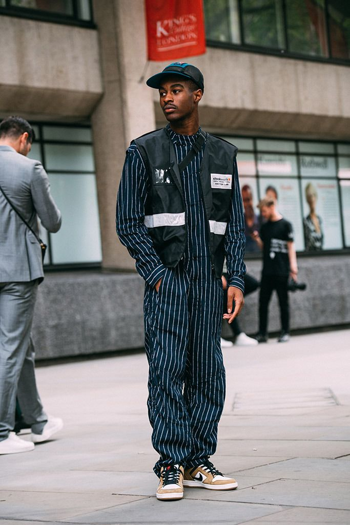 91c64d4c568 London Fashion Week Men's Spring 2019: Best Street-Style Looks ...
