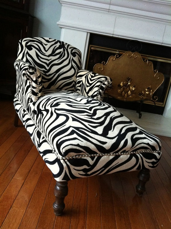 17 best images about animal print on pinterest garden for Chaise zebre