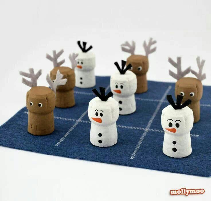 Sneeuwpop of rendier van kurken