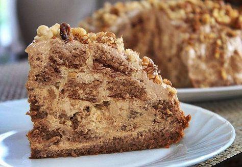 Торт «Несквик»5 яиц 80 г сливочного масла 160 г сахара 1 стакан муки (без горки) 1,5 ч. л. разрыхлителя 2 ст. л. какао-несквика Крем: 1 баночка вареной сгущенки 450 г сметаны 20% 2 ст. л. какао-несквик Орехи грецкие