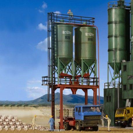 Silo double #HO #Kibri A retrouver ici : http://www.latelierdutrain.com/les-entrepots-et-industries/100171-silo-double-ho-1-87-kibri.html