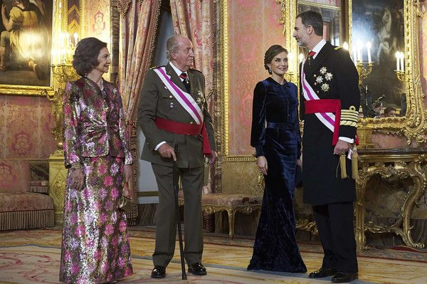 Queen Letizia of Spain Photos - (L-R) Queen Sofia, King Juan Carlos, Queen Letizia of Spain and King Felipe VI of Spain attend the Pascua Militar ceremony at the Royal Palace on January 6, 2018 in Madrid, Spain. - Spanish Royals Celebrate New Year's Military Parade 2018