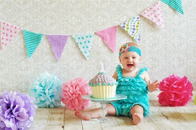 First Birthday Cake Smash. Kodak Moments--Ginger Williams