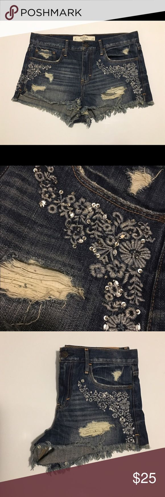 Abercrombie and Fitch shorts High rise Abercrombie and Fitch Shorts with decorative pockets. Abercrombie & Fitch Shorts Jean Shorts