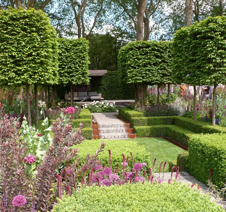 RHS Chelsea Flower Show 2016 London  Gardena and Husqvarna present Support, A Garden in Melbourne  #perennials #gardenfurniture