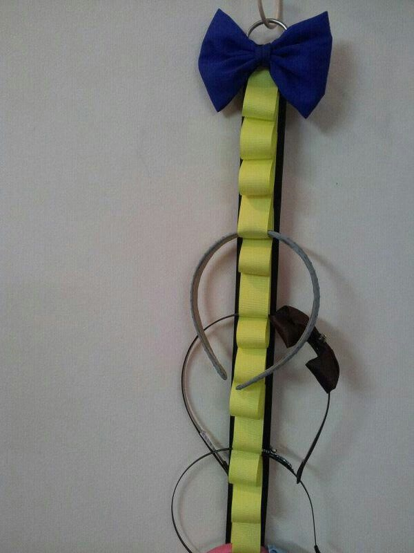 Neon bands holder
