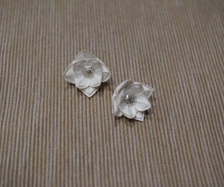 Origami double-lotus earrings
