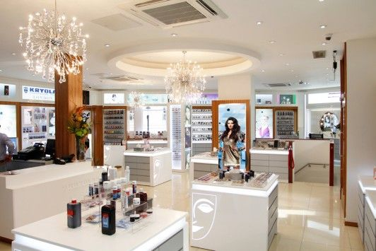 The Kryolan UK store in Covent Garden. (buy camoflage make up)