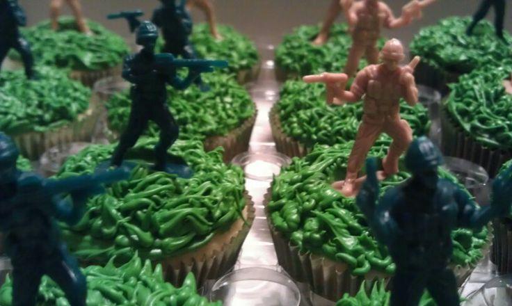 Army theme cupcakes