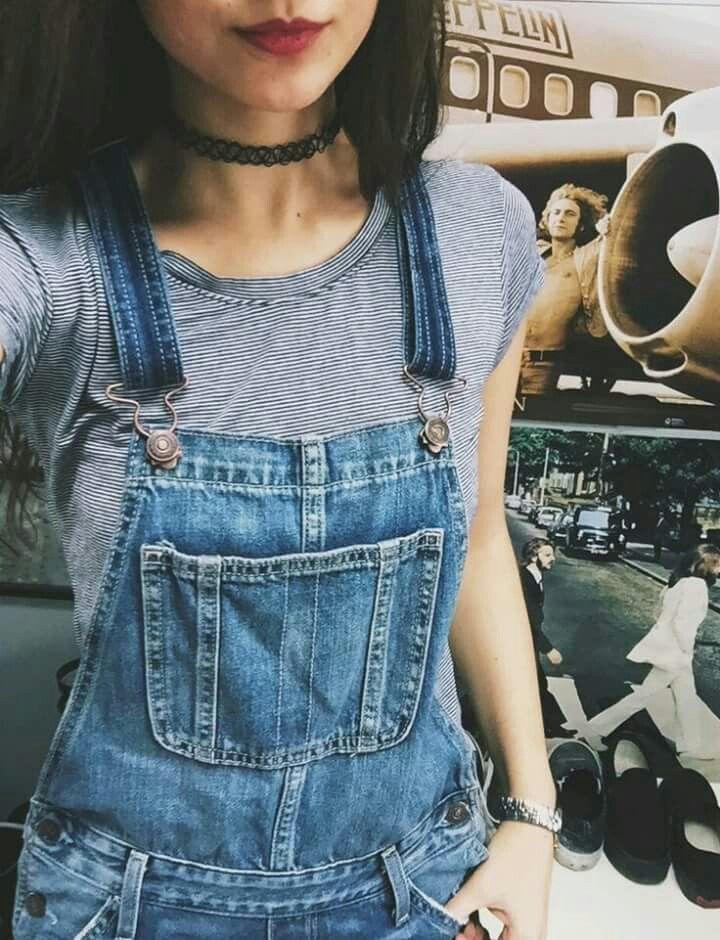 Denim overalls and chocker. Pinterest: @kutiejj
