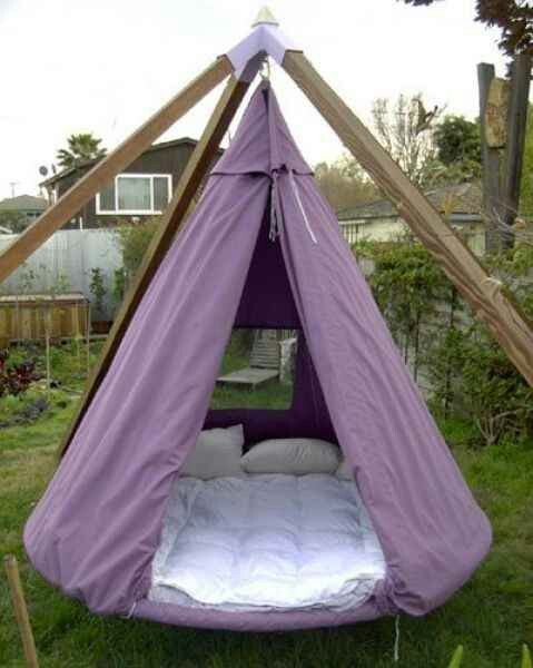 Turn your trampoline into a teepee