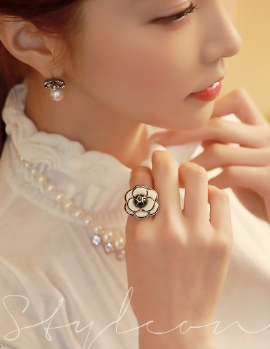 StyleOnme_No. 35613 #rings #ring #flowery