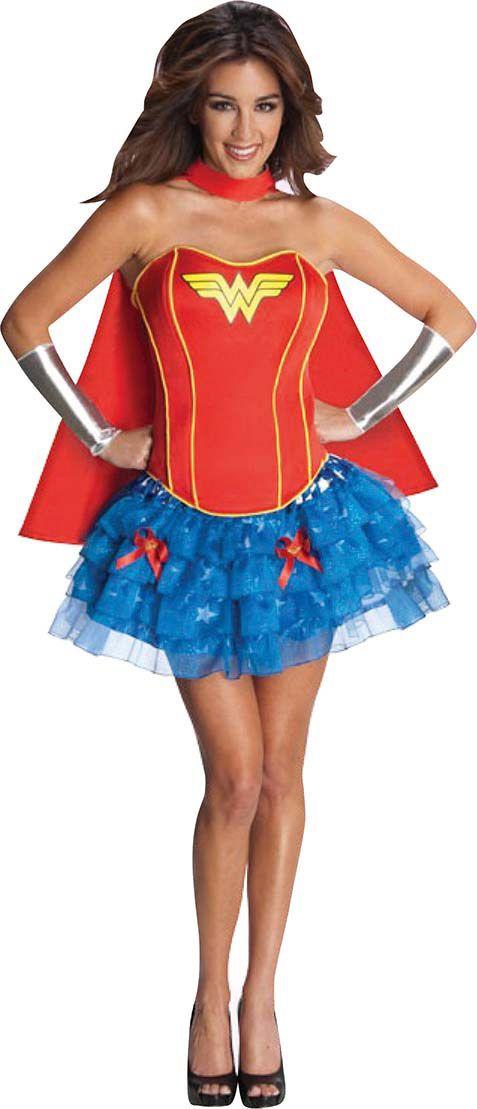 Heißes Wonder Woman™-Kostüm für Damen: Dieses lizenzierte Wonder Woman™-Kostüm für Damen enthält eine Korsage, einen Rock, einen Umhang und Armstulpen (Schuhe nicht enthalten). Die Korsage aus weichem Schaumstoff ist...