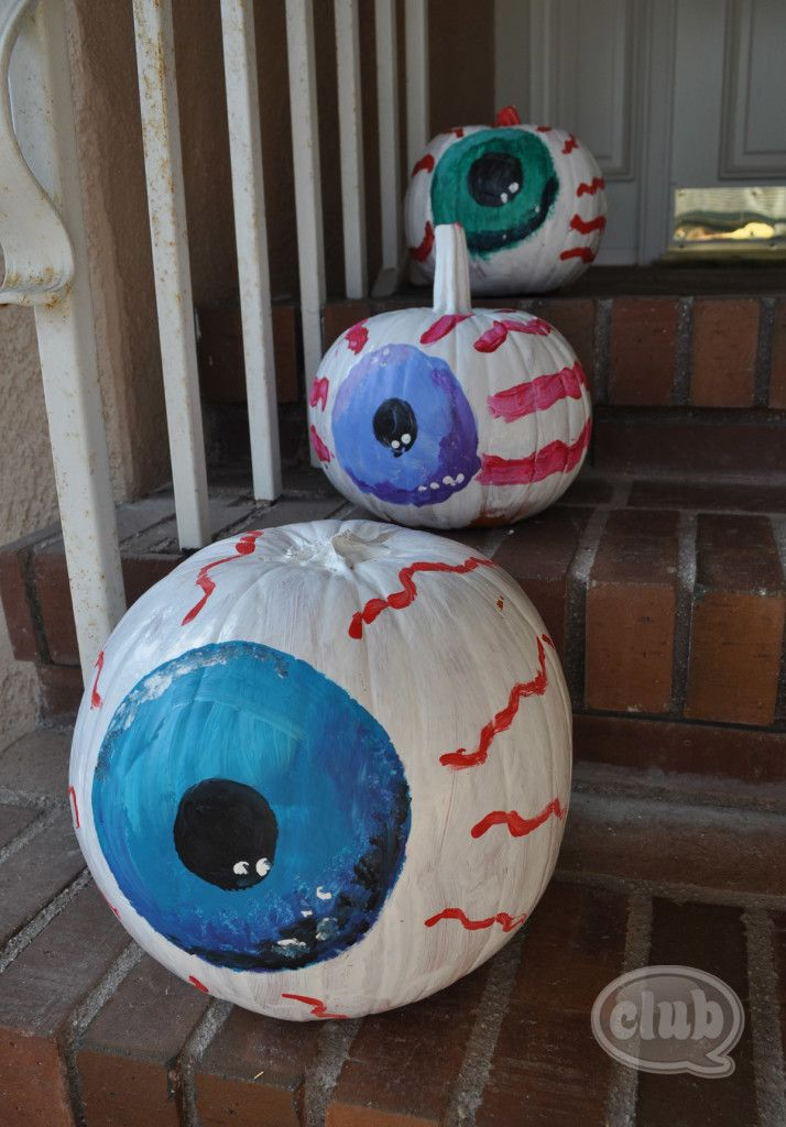 eyeball painted pumpkins