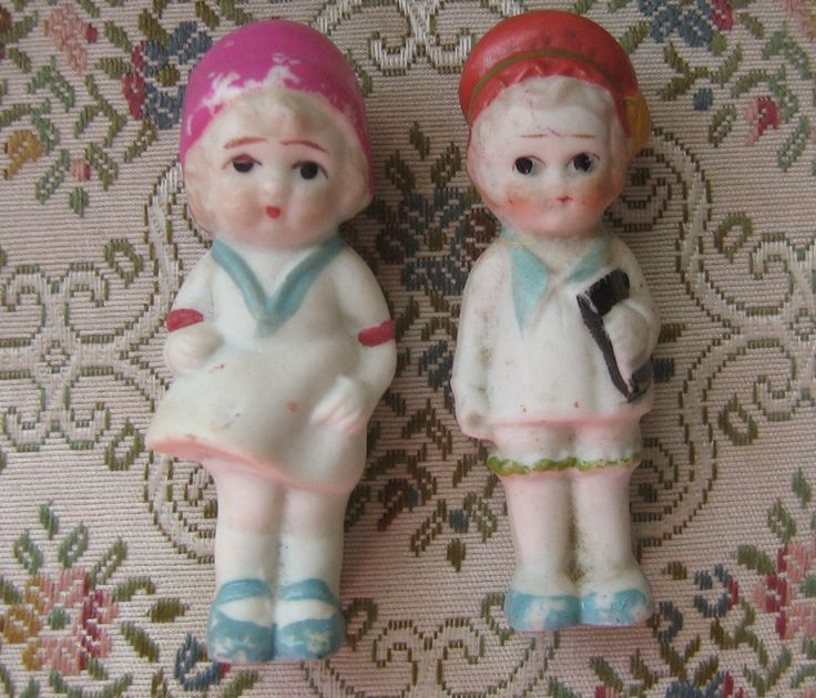 """Frozen Charlotte Penny Dolls. I have a small collection of these and flapper dolls, German and Japan-made. Most don't have clothes...looking for a source for 3"""" doll clothes..."""