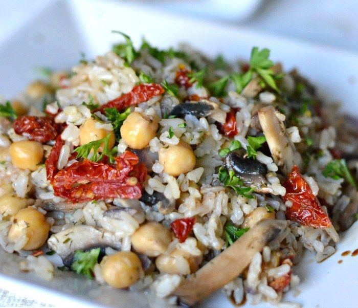 Quick Chickpea and Mushroom Rice Pilaf + Win a YEAR'S worth of Rice Giveaway #VeeteeDineIn
