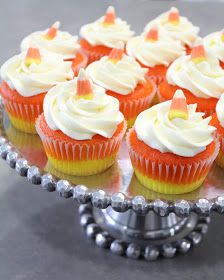 the Cotton Cupcake shoppe - Gallery: Candy Corn Cupcakes