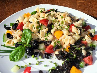 Jamie Oliver Nudelsalat  - Foto klicken, um zum Rezept zu gelangen: Nudelsalat-Rezept.de