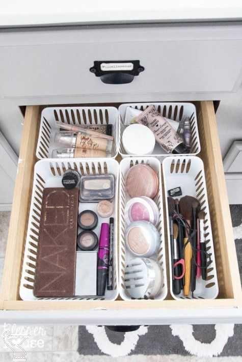 DIY Vanity (Ikea dupe) under $100 {205552} #makeup # ...