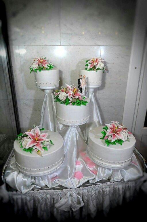 """Свадебный торт """"Лилии"""""""