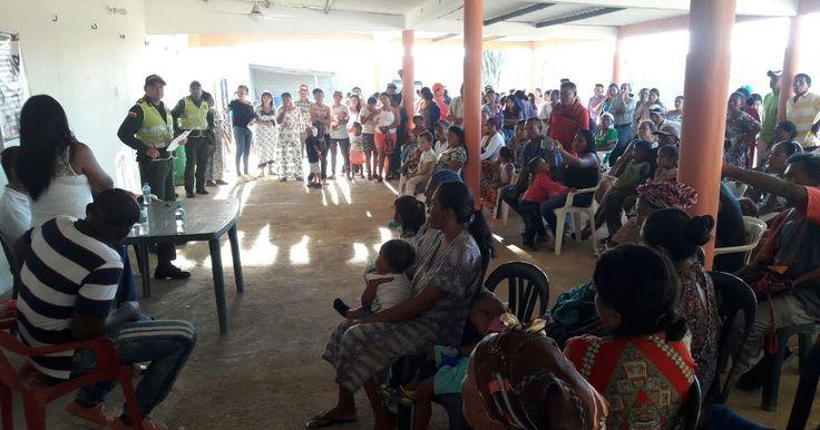 Policía y comunidad de Uribia buscan mayor seguridad http://www.hoyesnoticiaenlaguajira.com/2017/09/policia-y-comunidad-de-uribia-buscan.html